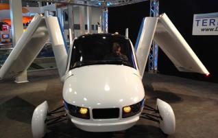 Fliegende Autos schon bald Wirklichkeit?